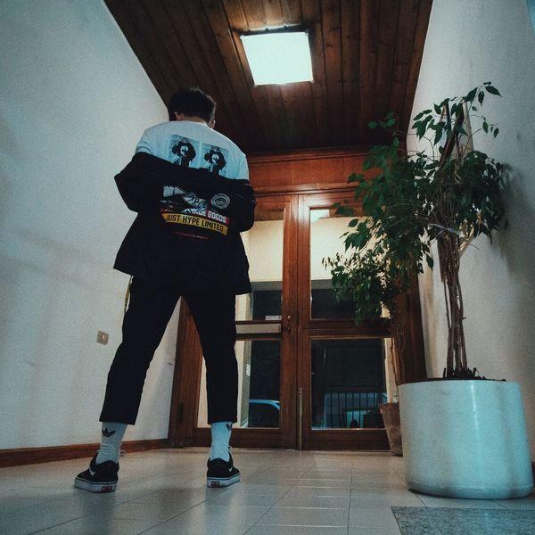 Streetwear Streetfashion Streetstyle Style Fashion Swag Trap Wearing Abbigliamento Rap Vestiti Stile Adidas Music Vans Hype Supreme Hypebeast