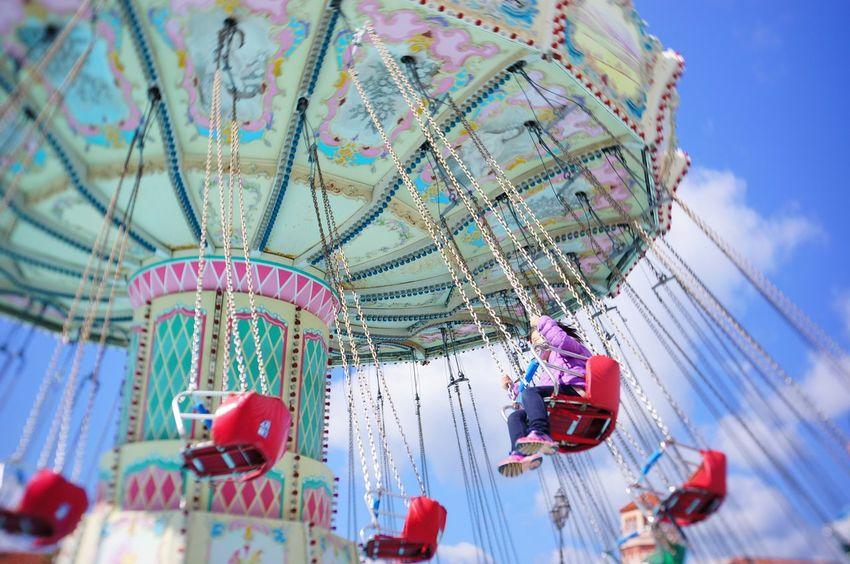 Yaeh! Outdoors Low Angle View Amusement Park Ride Sky Chain Swing Ride Minimalist Architecture Enjoying Life EyeEm Best Shots Motion 遊園地