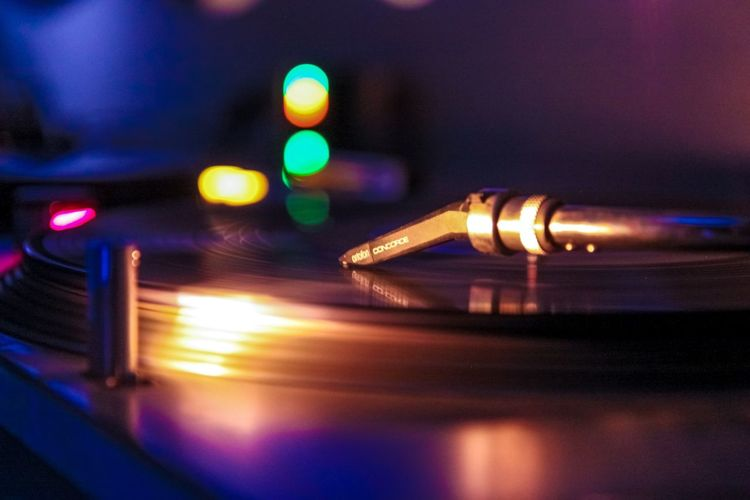 TakeoverMusic Close-up Illuminated No People Night Music Technology Arts Culture And Entertainment Indoors  Sound Mixer Turntable Record Player Needle Vinyl Ilovemusic Ilovehousemusic Ilovetechno Deeptech House Raw Photography Neverstoptraveling Canon50D Like Myphoto