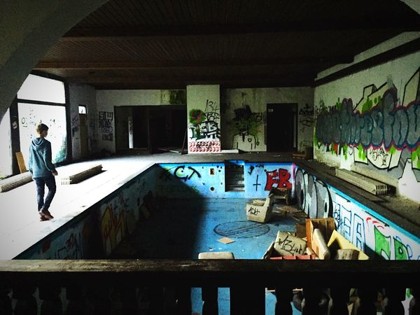 Lost Place Tour in Bavaria Lostplaces Bavaria Urbex Swimming Pool