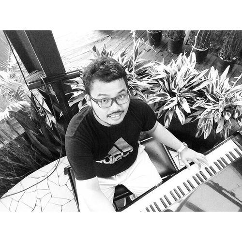 Piano... Grandpiano Piano Pianist INDONESIA Bandung Westjava Jakarta Jazz Music Fricosihaloho Manbehindlens