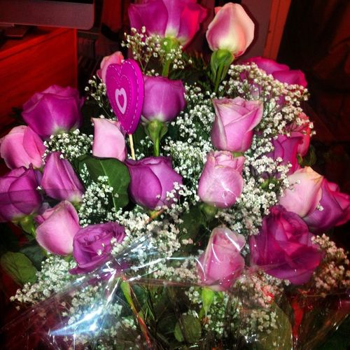 twenty-two roses. my favorite number and colors. best boyfriend ever <3