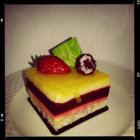 Dessert Exotic Cake