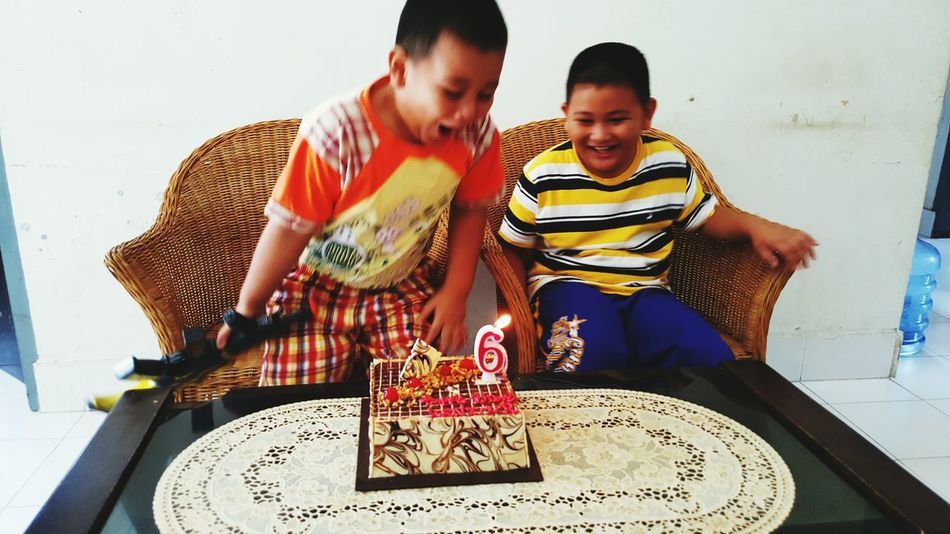 Photos That Will Restore Your Faith In Humanity Birthdayboy My Nephews ♡ Nicky Kenzo