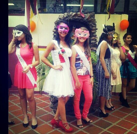 Carnaval Con Ella.
