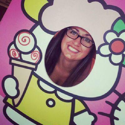 @angelinaayleen Hello Kitty Arcaden Fun love shopping friends ice cream cologne