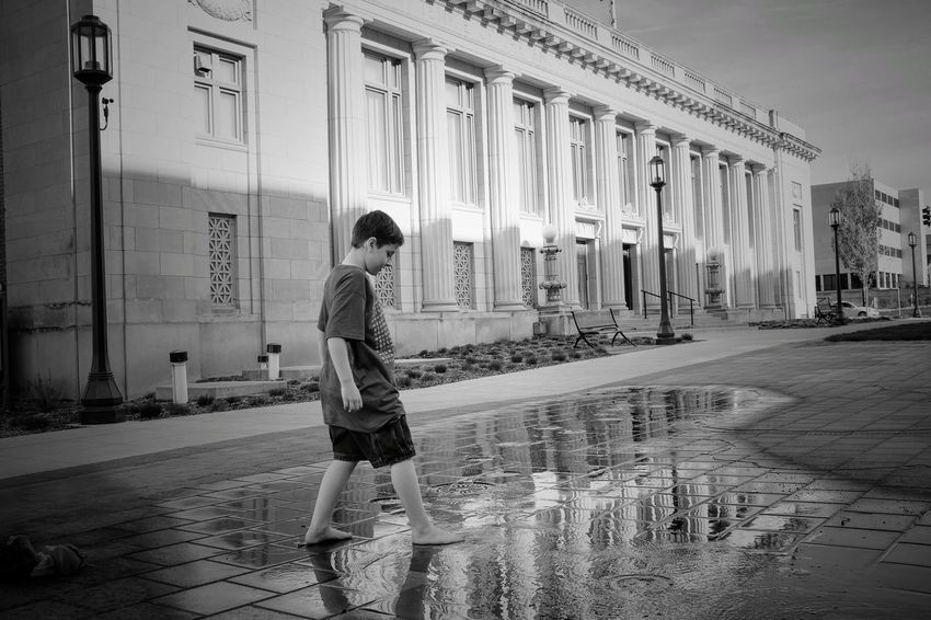 Visual Journal May 2018 Lincoln, Nebraska 35mm Camera A Day In The Life Camera Work EyeEm Best Shots FUJIFILM X100S Fountain Getty Images Kids Being Kids Lincoln, Nebraska MidWest Nebraska Photo Essay State Capitol Visual Journal Always Taking Photos Architectural Column Architecture Building Building Exterior Built Structure Casual Clothing City Day Downtown District Eye For Photography Fujifilm Full Length Incidental People Leisure Activity Lifestyles Monochrome On The Road One Person Outdoors Photo Diary Puddle Real People Rear View S.ramos May 2018 Standing Street Travel Destinations Walking Women Young Adult