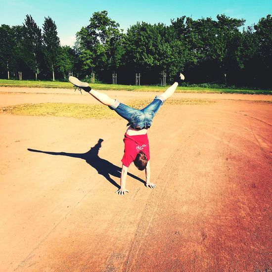Handstand  Handstand ♥  Handstands Gymnastics❤ Gymnastics GymTime Cirque Outside Outside Photography Outdoor Pictures Outdoors❤ Outdoor Life Summer Summer Time  2017 First Eyeem Photo