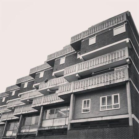 Eastend Eastlondon Eastlondonphotographer London flats brutalist brutalistarchitecture brutaliststyle brutalistmovement concrete concretejungle willowfilter willowfiltering willowfilterisnice