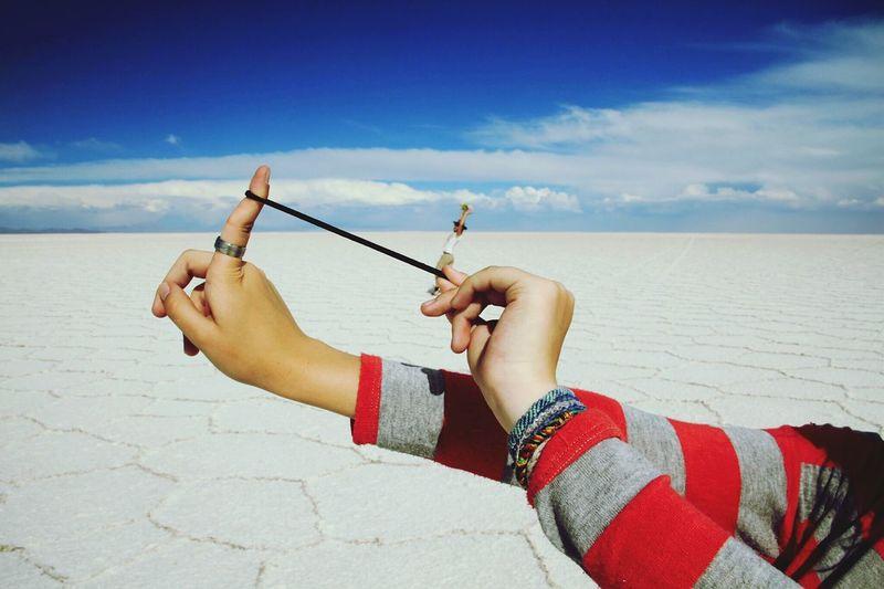 Bolivia Uyuni Salt Flat Funny Dark Blue Sky Salt Slingshot