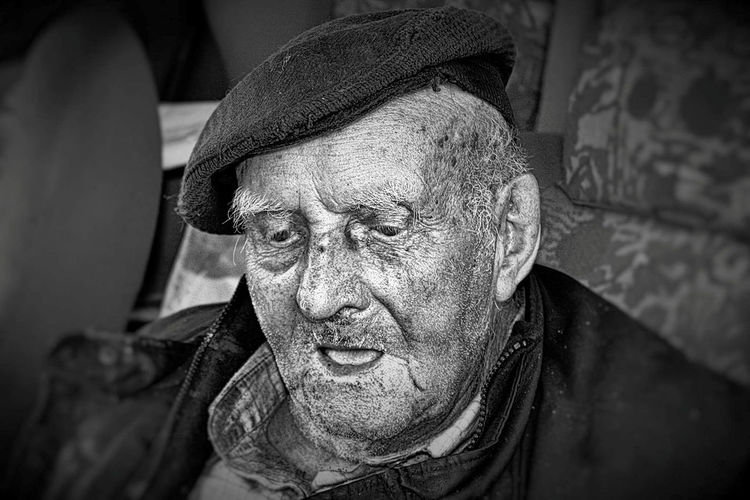 contemplation Close-up Day Old Farmer One Man Only Portrait Real People Senior Adult Wrinkled