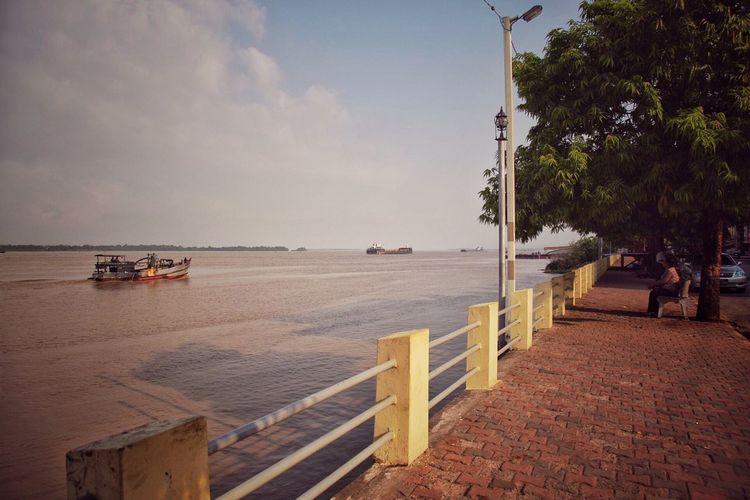 Nostalgic Place Mawlamyine HelloFromTheOtherSide Street Photography Myanmar