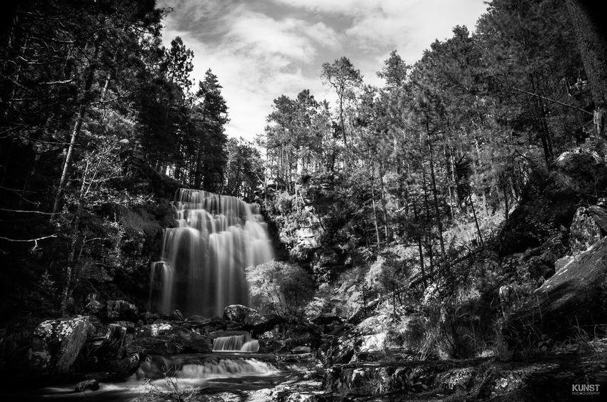 Paso Resbaloso, Durango Durango Paso Resbaloso Cascada TurismoDgo Cascade Bnw Bnw_collection Nikon