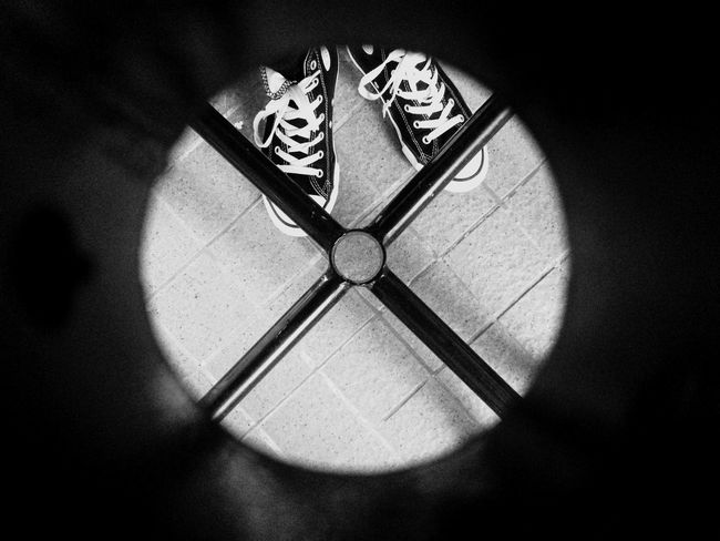 Looking Looking At Things Looking Through Looking Down Through The Hole IPhoneography Black & White Blackandwhite Circle Frame Circles In Circles Shape legs under the table Out Of The Box