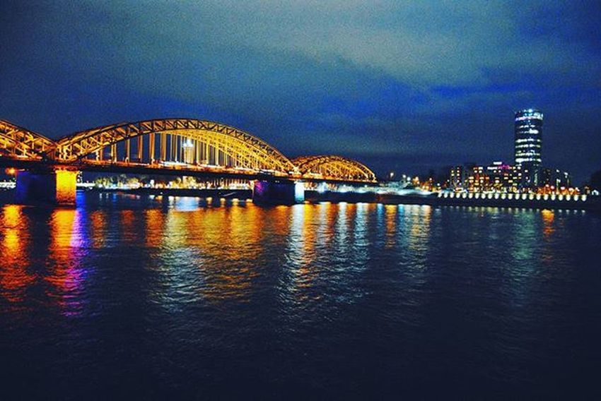 ". ""Dis die skitter van liggies Dis die gedruis van die rivier. Dis die salige windjie. wat my laat bars van plesier."" -j.b.m. Travel ExploreGermany Adventureseeker Photography cologneatnight cologne germany colddays water rhein citylights beautiful wanttostay happyplace lovethenightlife nikond3000 vscocam vsco traveller addict colours lights"
