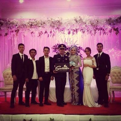 Lalu saya kapan nikahnya? Weddingband Thesuitcase_mo Bhismamoo Bandung Band Keysplayer Keyboard