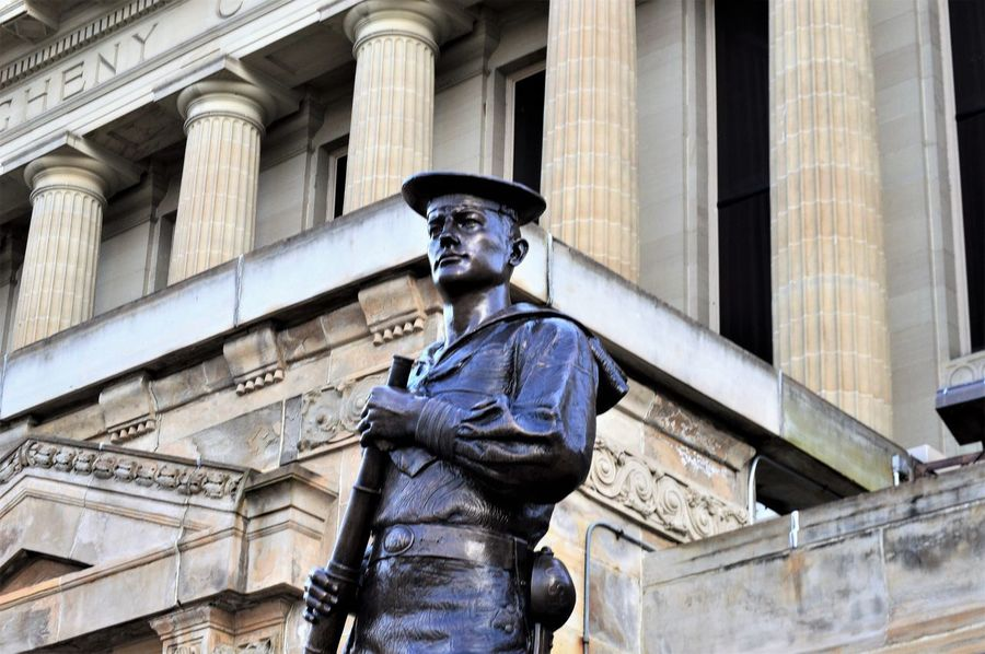 The Sailor Statue ~ Oakland, Pennsylvania Pittsburgh Statue US Navy Architecture Building Exterior Column Columns Columns And Pillars Day Government History Human Representation Low Angle View Male Likeness Memorial Navy No People Outdoors Pillars Representation Sailor Statue Soldiers And Sailors Museum Statue The Past The Sailor