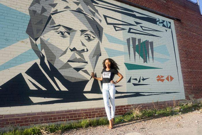 Graffiti Art Streetphotography Streetart Harriet Tubman Young Women Portrait Lifestyles Art