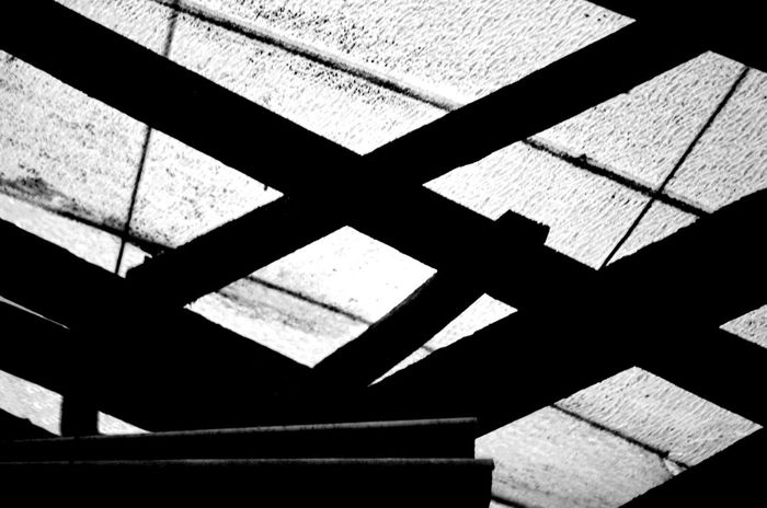 Abstract Rooftop Balken Attic Konstruktion Blackandwhite Black And White Black & White Rooftop Roof Abstract Abstract Photography Abstractart Abstract Art Art Art is Everywhere Grey Photo Photography No People Day Close-up Indoors