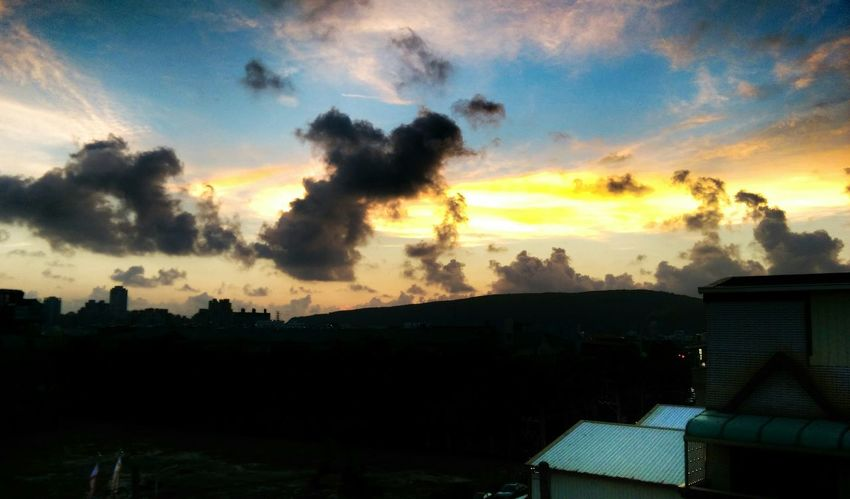 Taking Photos Sunset Check This Out Sky And Clouds Photography Enjoying Life Enjoying The View Nature Photography Beautiful Nature Sky_collection