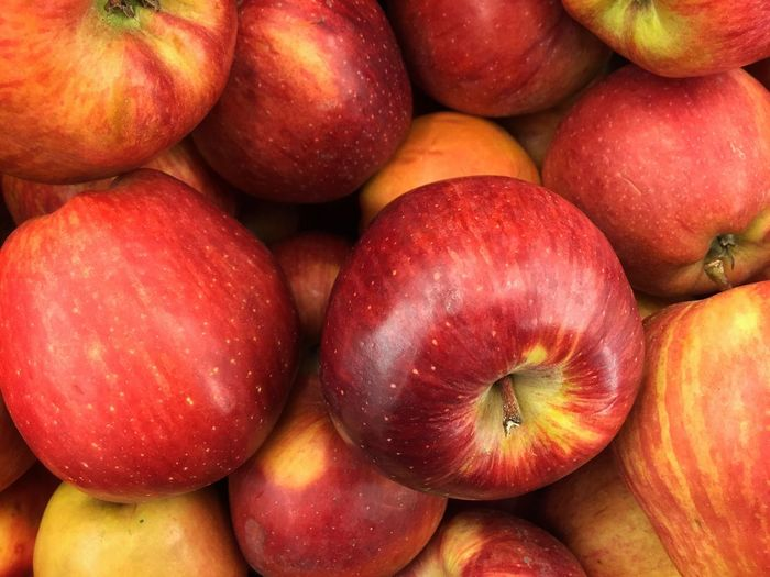 Aplz Red Healthy Eating Freshness Food And Drink Full Frame Food Close-up Backgrounds Fruit No People Market Large Group Of Objects Day Outdoors Apple Apples