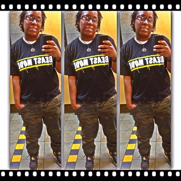 Thuggin it !! #teamlesbian #Teamdreadhead #checkmeout