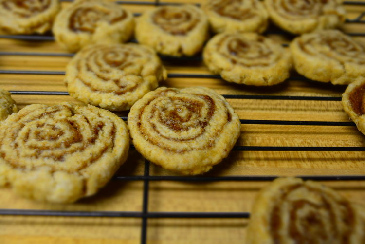 Cinnamon Roll Cookies Baked Goods Cinnamon Roll  Cinnamon Rolls On Wire Rack Cookies Cooling  Cooling Off Cinnamon Close-up Cookie Dessert Food Food And Drink Fresh Out Of The Oven Freshness Indoors  Indulgence No People Ready-to-eat Still Hot Still Life Sweet Food Swirl Temptation Unhealthy Eating Wire Rack