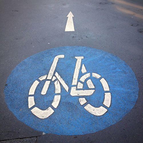 Cycling Traffic Traffic Sign Fahrradstrasse