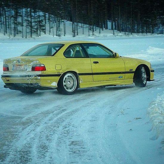 Life Hi! Snowdrift Dubass Winterdrift Relaxing Fun View Drive Driving Cool Car Winter Snow Power Drifting Jdm Jdmcars Wdls Russia Drift Hanging Out Tunning