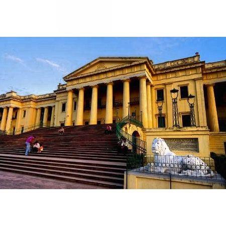 Instasize Instagram Instalike Hajardwari Murshidabad WestBengal Vacation Palace King Me Myself Lion Statue