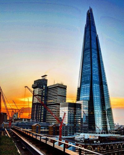 Even I have to look up at the shard!!! 😲 Tallspikeything Shard London Sunset