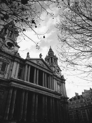 I miss this place more every day. Taking Photos London LONDON❤ VSCO Vscocam Eye EyeEm Best Shots My Best Photo 2015 Best Shots Momochrome St. Paul's Cathedral Uk Eyeem Market Market Getty Getty & Eyeem Getty & EyeEm Collection Buy This For Sale