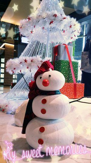 超喜歡聖誕氣氛,到處都是逗趣的小雪人跟老公公♡ Live, Love, Laugh Christmas Taking Photos Snowman