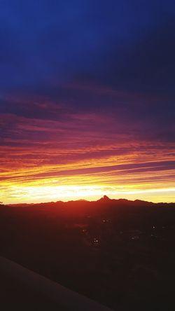 Taking Photos Sunrise_sunsets_aroundworld Arizona Good Morning Beatifulmorning Beautifulskies Hello World
