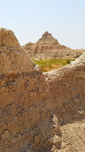 Badlands National Park Badlands National Park, South Dakota Nature Nature Photography Naturelovers Nature On Your Doorstep Geology Geological Formation Earth Sand Dune Desert Arid Climate Mountain Pyramid Ancient Civilization Sand Sky Landscape Physical Geography Rock Formation Arid Landscape Natural Landmark