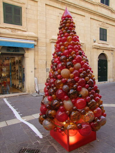 Glass Christmas Tree, Triq Il-Merkani, Valletta, Malta Valletta Malta Decoration Christmas Christmas Decoration Celebration City christmas tree No People Christmas Ornament Multi Coloured Glass Glass Tree Streetphotography Religious Holiday Religious Celebration Fun Unusual Glass Material Creativity Arts And Crafts Balls Event Celebration Event