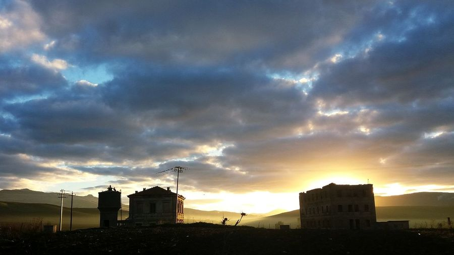 Sambucadisicilia Early Morning Dawn Of A New Day Gattopardo Santamargherita Sicily Sky And Clouds