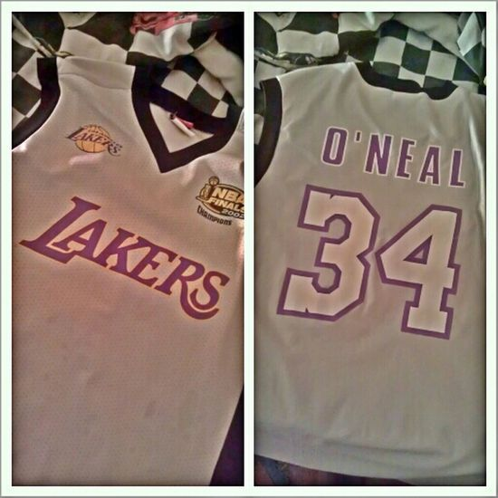 - Been trying too give this away for hellas! Size L #oneal #lakers #jersey #bballjersey #bball #basketball #pro #purplenyellow #wontfindinstores #sizeL
