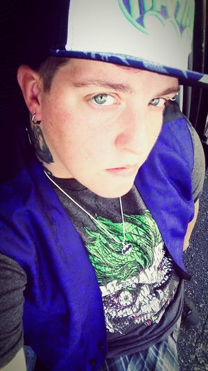 One Person Real People Portrait Close-up Ftm Whysoserious? Newhat ✌ Transman Why So Serious? Batmanjokerfan Moment Florida Life Perfectlyimperfect Multi-layered Effect FarFromPerfect One Man Only Lostboy Southernborn Boredography Hanging Out