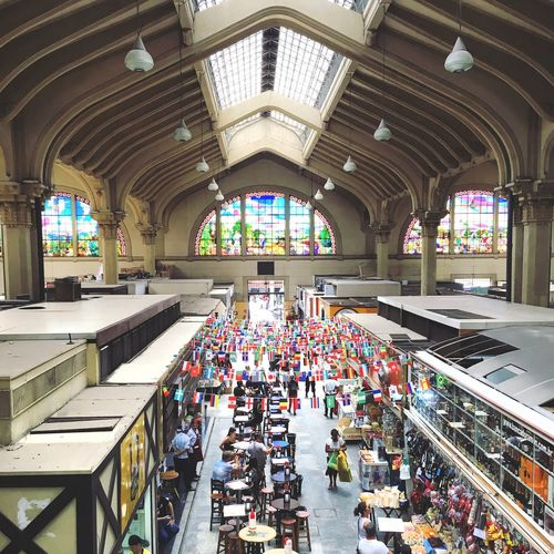 Sp Brasil São Paulo Mercado Municipal De São Paulo Railroad Station Incidental People Real People Group Of People Multi Colored Public Transportation Architectural Column Arcade Large Group Of People In A Row Men Day Flooring