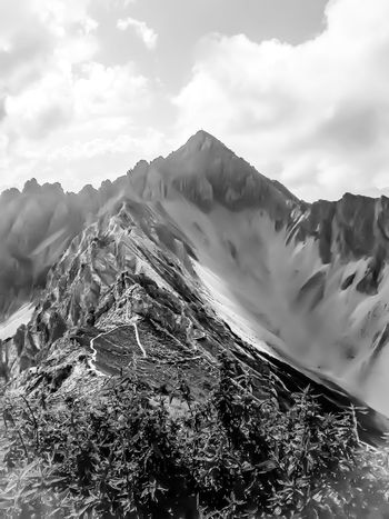 Reither Spitze in Black and White EyeEm Best Shots EyeEmNewHere EyeEm Nature Lover EyeEmBestPics EyeEm Best Shots - Nature EyeEm Best Shots - Black + White Mountain Nature Beauty In Nature Sky Tranquility Scenics Physical Geography Tranquil Scene Day Cloud - Sky No People Outdoors Power In Nature Winter Cold Temperature Landscape Mountain Range Snow