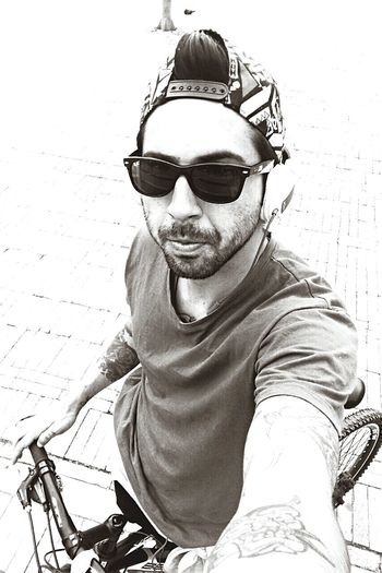 De bici con copete Relaxing That's Me Enjoying Life Hello World Tattoomodels Tattoo Tattooed Tattooman Tattoo ❤ Selfie