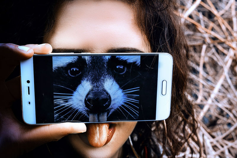 😁😝😜 Animal Body Part Animal Head  Animal Themes Looking At Camera Mobile Conversations Mobile Phone New Reality One Animal One Person Outdoors People Portable Information Device Portrait Selfie SMARTPHONE MASK Young Adult Mobile Conversations Mobile Conversations Welcome Weeklу Mix Yourself A Good Time Rethink Things