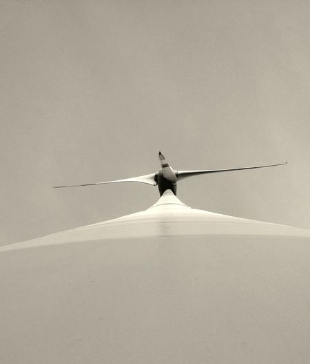 Directly below shot windmill