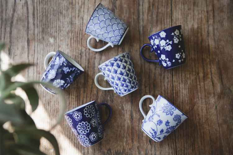 Blue Close-up Cups Day Decor Eastern Home Home Cooking Home Interior Home Sweet Home Home Sweet Home ♥ Indoors  Lifestyle No People Pattern Pattern, Texture, Shape And Form Pretty Relaxing Tea Cup Tea Time Teatime Wood - Material