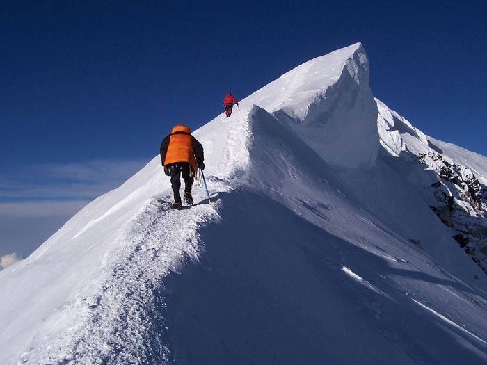 The summit ridge (6.180m) on Denali, Alaska. 20,280' Adventure Alpine Cold Cold Temperature Covering Day Frozen High Altitude Landscape Leisure Activity Outdoors Recreational Pursuit Season  Snow Snowcapped Sport Vacations Weather White Winter