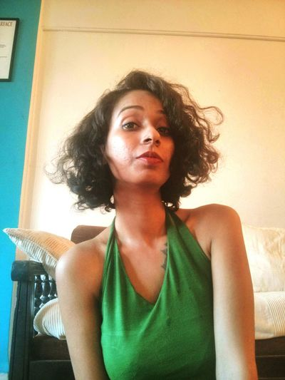 Hey Morning :) Mumbai Mystory HumansofMumbai BlackHair♠♣ Brownskinbeauty Brown Brown Skin Girl Today's Hot Look Striking Fashion Indian Shorthair Shortcurls