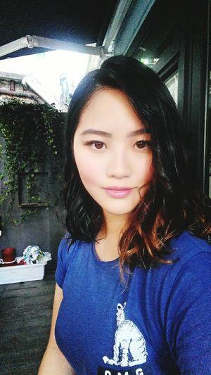 Hi! Selfie Hair Balcony