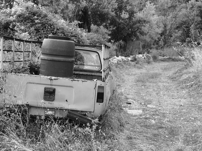 Breakdown Car