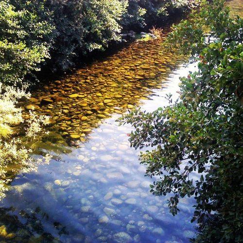 agua translucida do rio zezere, translucent water of the zezere river Rio Zezere River Clean Water Serra Estrela Manteigas Skiparque Guarda Portugal